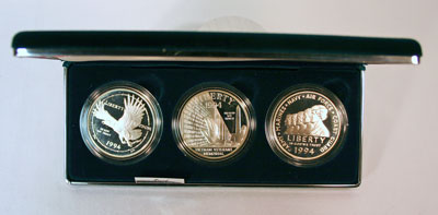 1994 US Veterans 3 Piece Commemorative Silver Dollars Obverse