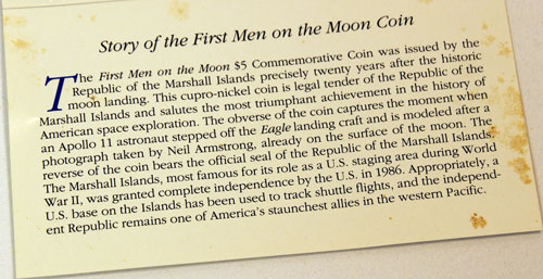 Marshall Islands First Men on the Moon $5 coin description