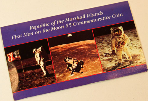 Marshall Islands First Men on the Moon $5 coin holder front