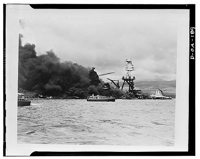 uss-arizona-on-fire-December-7-1941