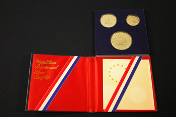 1976 3-Piece Proof Set open to reverse