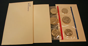 1981 Mint Set opened to show contents