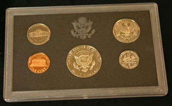 1983 Proof Set reverse