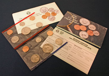 1989 Mint Set opened showing contents