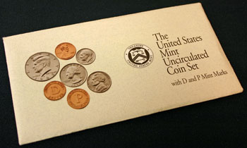 1992 Mint Set package of coins