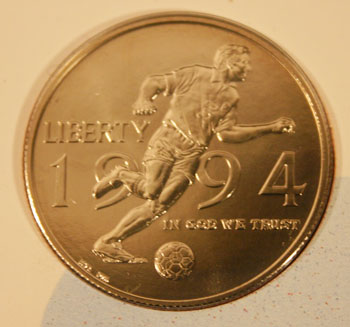 Young Collectors Edition Coin Sets 1994 World Cup Soccer clad half dollar obverse