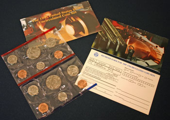 1995 Mint Set opened showing coins and contents