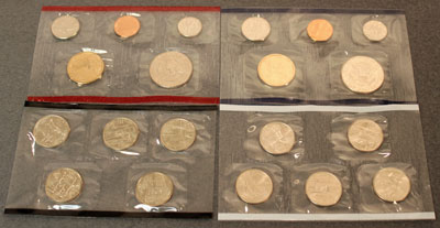 2001 Mint Set reverse view of coins