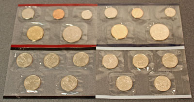 2003 Mint Set reverse view of uncirculated coins