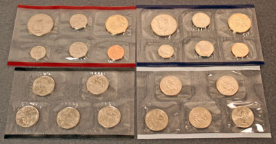 2004 Mint Set obverse view of uncirculated coins