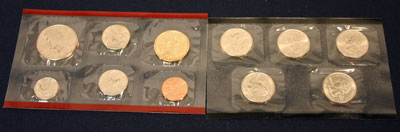 2005 Mint Set observe of uncirculated coins minted in Denver