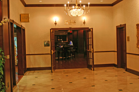 Entrance to The Pub, the hotel's restaurant providing lunch for the coin shows guests and coin dealers
