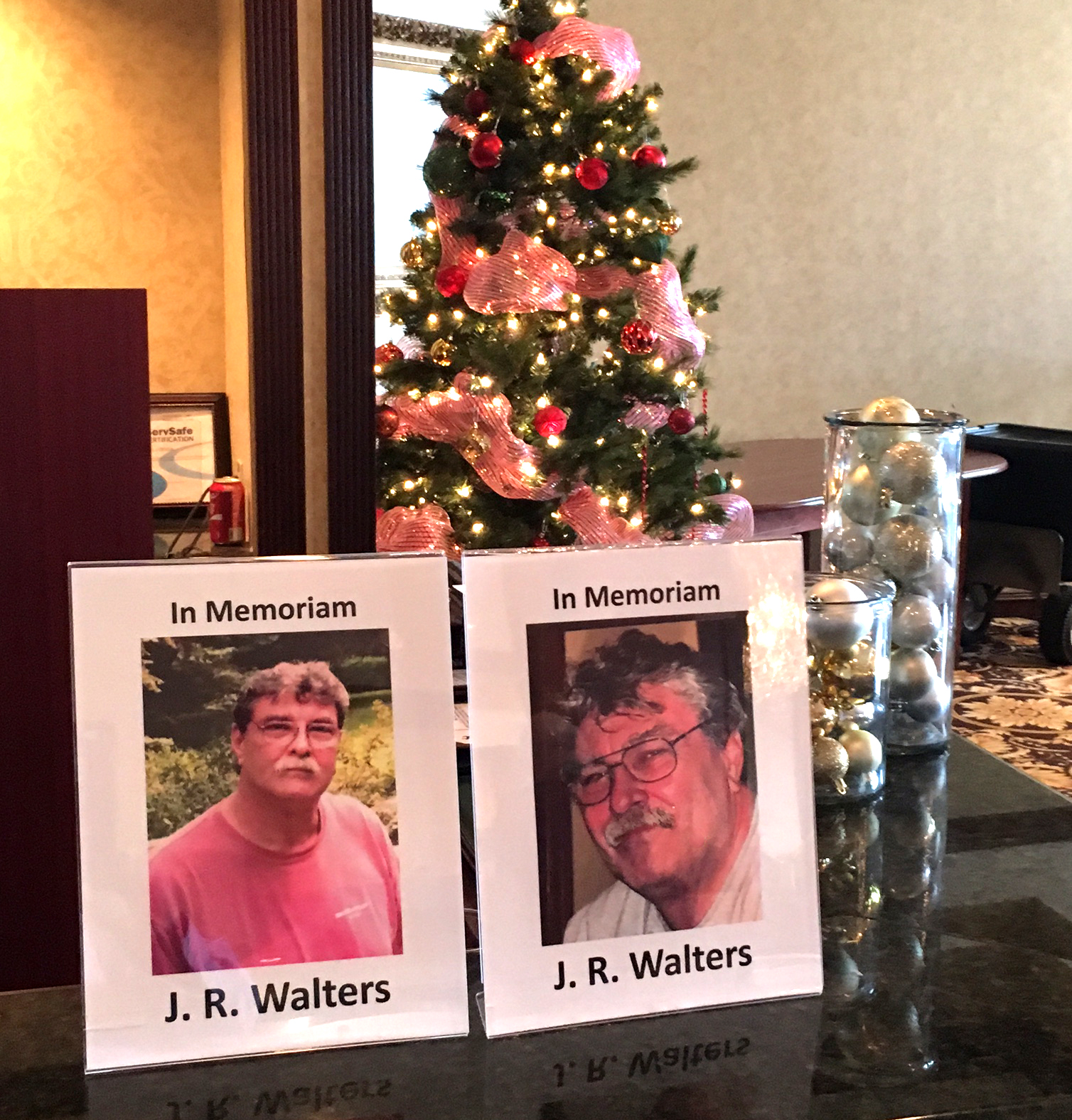 At December coin show In Memoriam honoring J. R. Walters